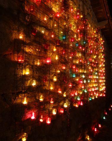 Les lumignons au marché de Noël de Pérouges