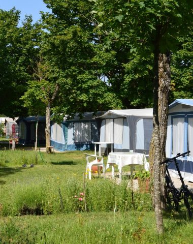 Camping de Pérouges au Bugey