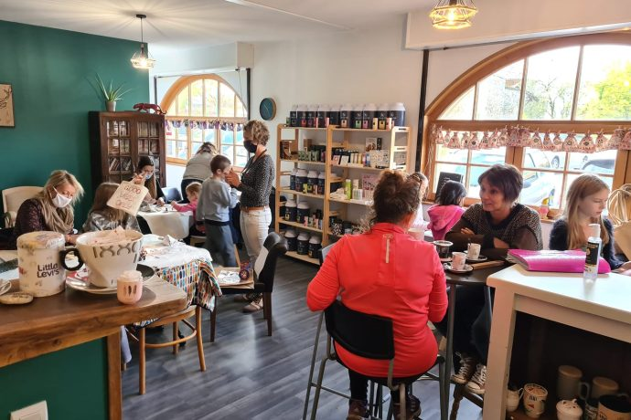 Blyes Art Café