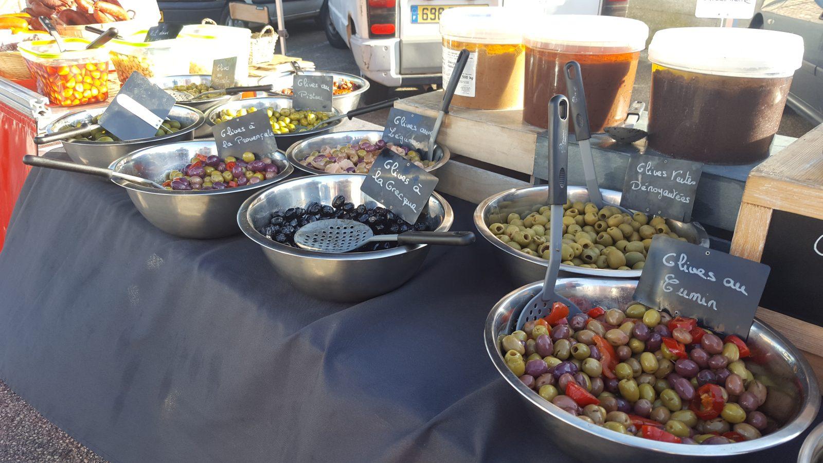 Stand d'olives