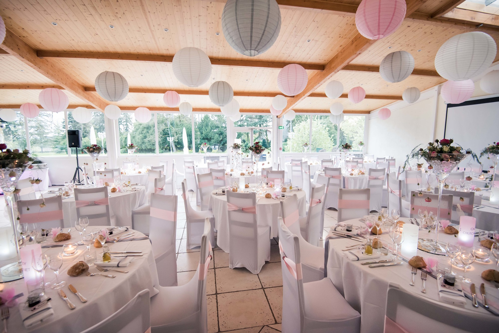 Salle des Cèdres mariage rose
