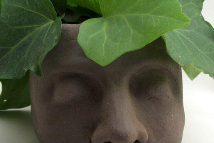 Saskia Lauth: Cache-pot en forme de tête