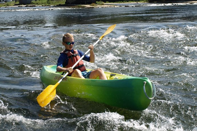 Esquimaude canoe 10