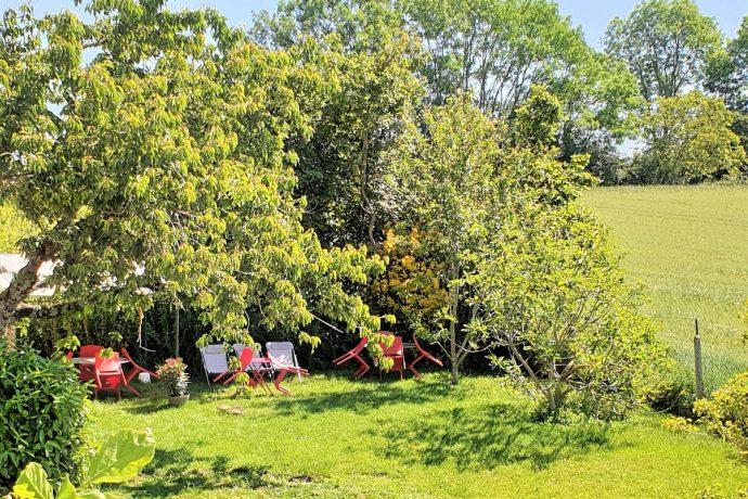 Espace Jardin avec Barbecue